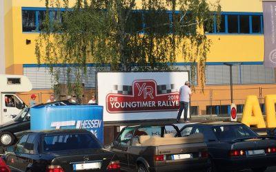 """Gleich zwei Herzenswünsche werden durch die Veranstaltung """"Die Youngtimer Rallye"""" des ADAC HESSEN-THÜRINGEN e. V. ermöglicht."""
